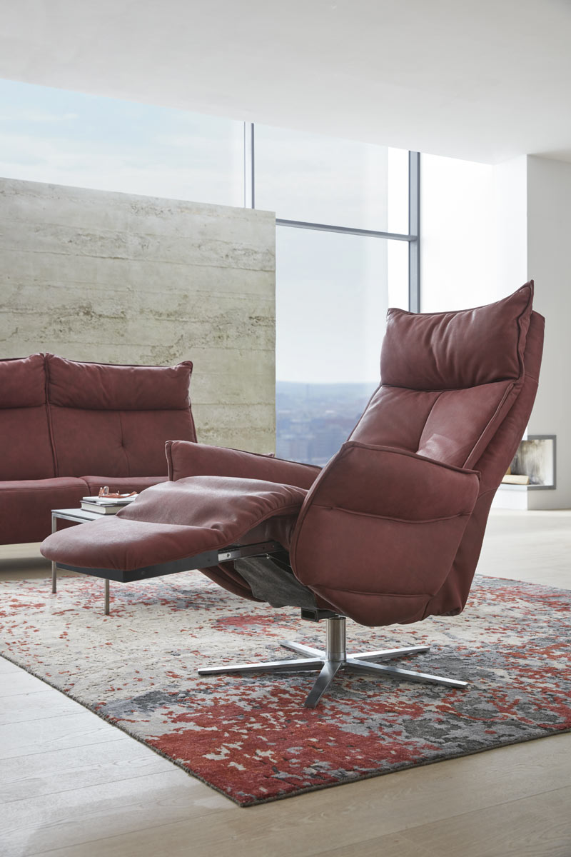 interliving sofa und sessel bei m bel janz in sch nkirchen bei kiel. Black Bedroom Furniture Sets. Home Design Ideas